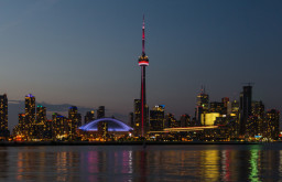 Toronto 1543 x 540
